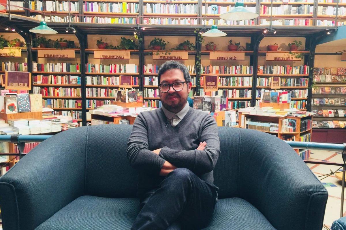 Entrevista con el escritor colombiano Jairo Buitrago